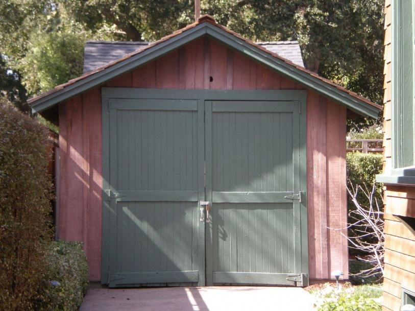 Garage in Palo Alto Hewlett Packard